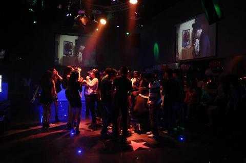 הוליווד קלאב - מועדון לאירועים - פתח תקווה