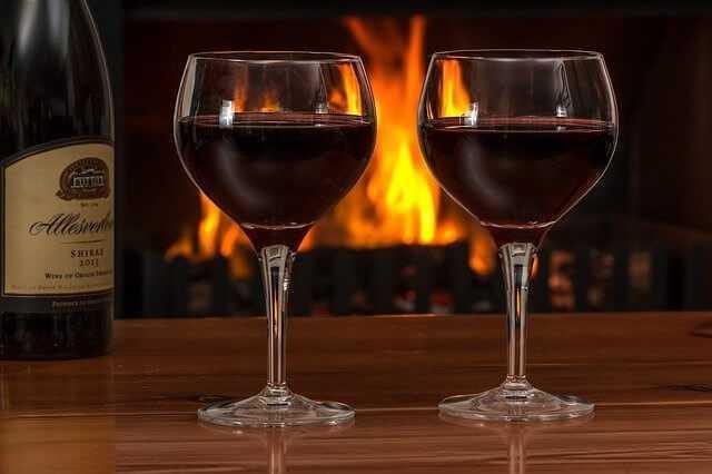 טעימות יין, סיורים ביקבים.